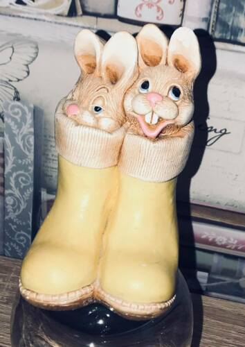 Latex Mould for making these cute bunnies in boots