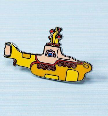 Amabile Giallo Submarine Pin Badge-mostra Il Titolo Originale Luminoso E Traslucido Nell'Apparenza