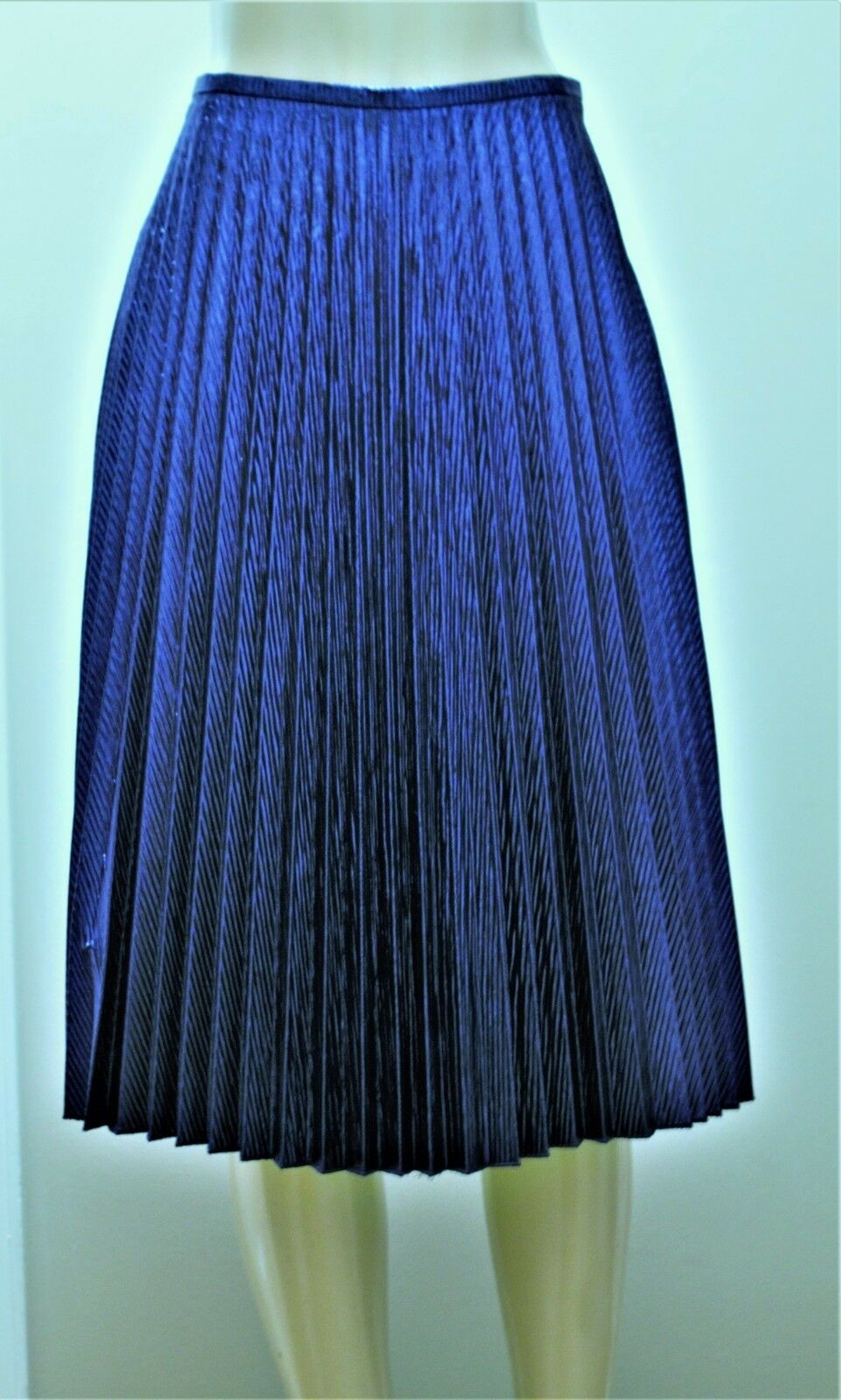 WORTH Deep True bluee Shiny Linear Jacquard Sunburst Pleated Skirt sz 8 NWT  448