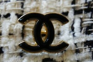 One-Stamped-Chanel-Button-1-pieces-gold-emblem-0-9-inch-black
