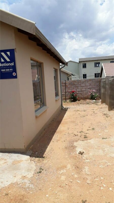 House in Roodepoort now available