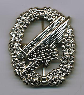 BW Barettabzeichen Fallschirmjäger,Fallschirmjägertruppe,neusilber,Metall,FschJg