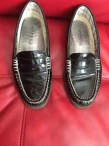 b2ea3c2765e Sperry Topsider Woman s Flats Black Patent Leather Penny Loafers Sz ...