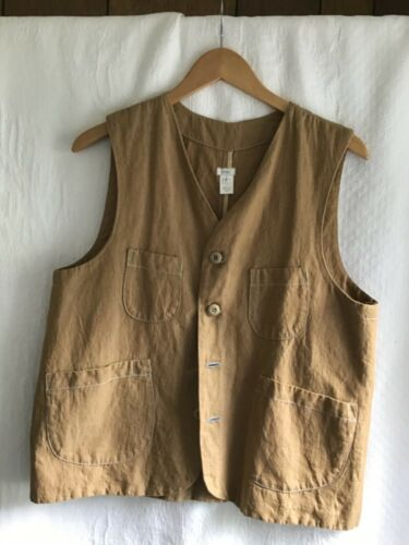 DOSA fishing vest size 4 in coyouchi