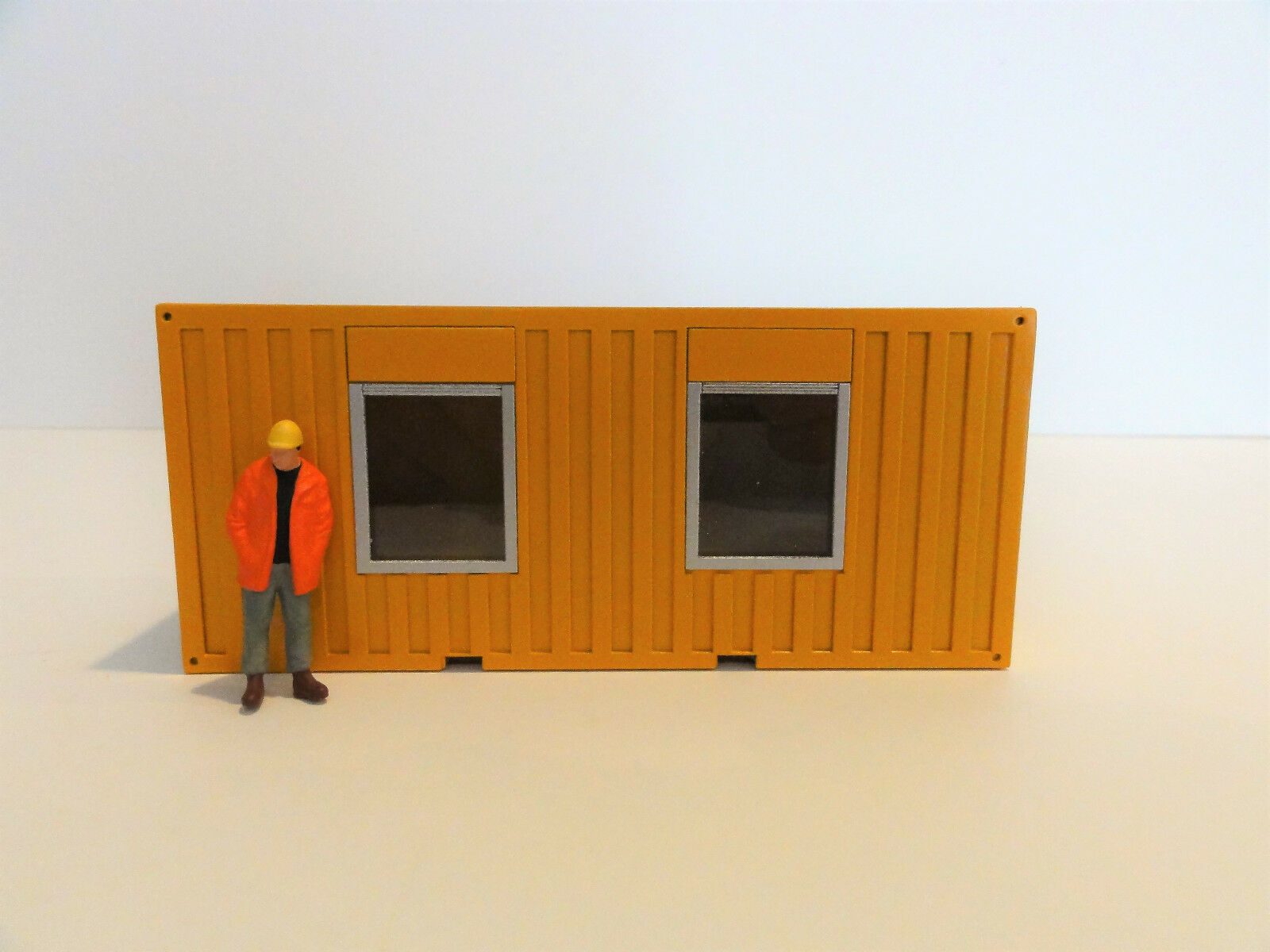 HIMOBO 20 FT LIVING OFFICE CONTAINER  YELLOW  1 50  NEW  NICE ACCESSORY