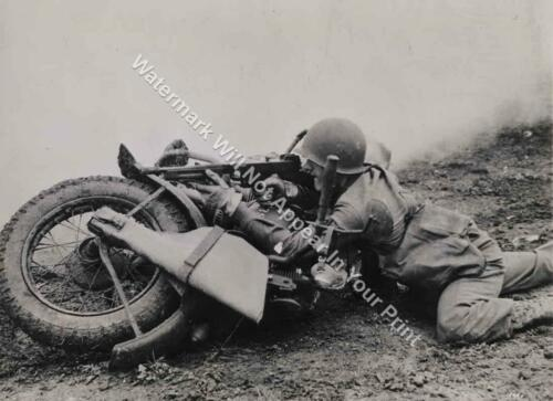 HD1 Harley Davidson WW2 Gunner VINTAGE Motorcycle Reprint Pic Photo