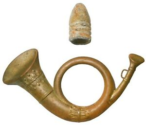 US CIVIL WAR UNION INFANTRY INSIGNIA BRASS BUGLE HAT PIN & US 3-RING LEAD BULLET