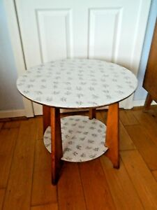 Vintage-Retro-1950-039-S-60-039-S-Round-Wooden-Coffee-Table-with-Magazine-Shelf-Formica