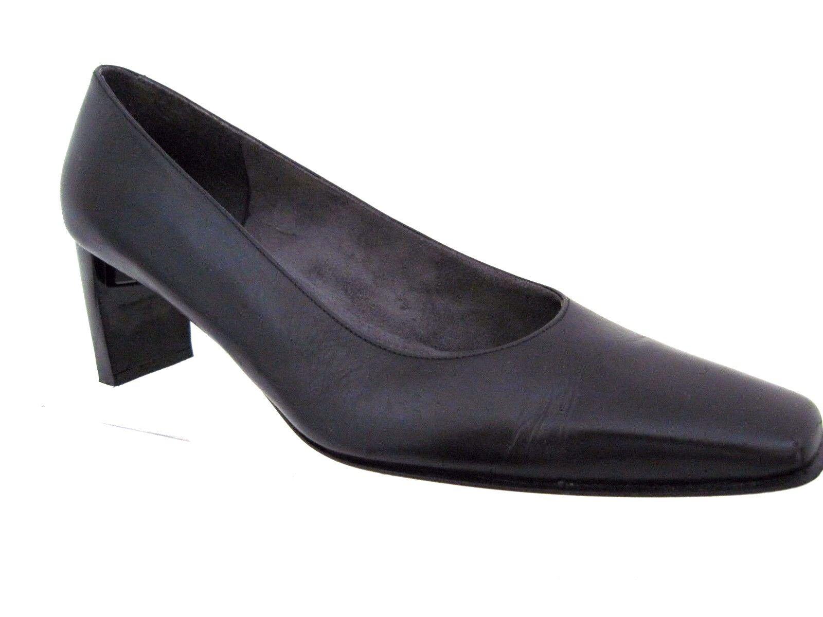 STUART WEITZMAN Black Leather Square Toe Heels Pumps Size 8 AA Spain