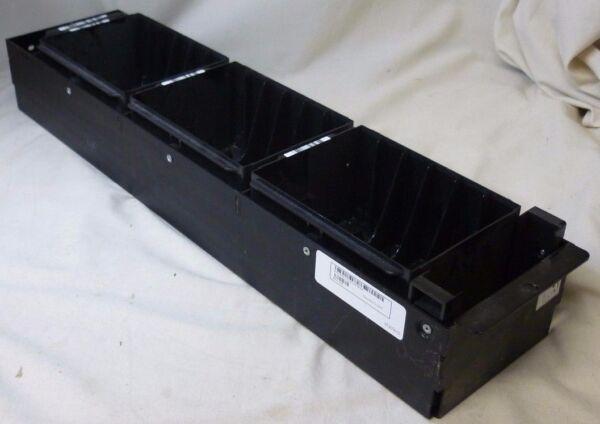 03e923 3e923 Dell Oem Original Dell Powervault 136t 18-slot Lto Column Magazin Een Plastic Behuizing Is Gecompartimenteerd Voor Veilige Opslag