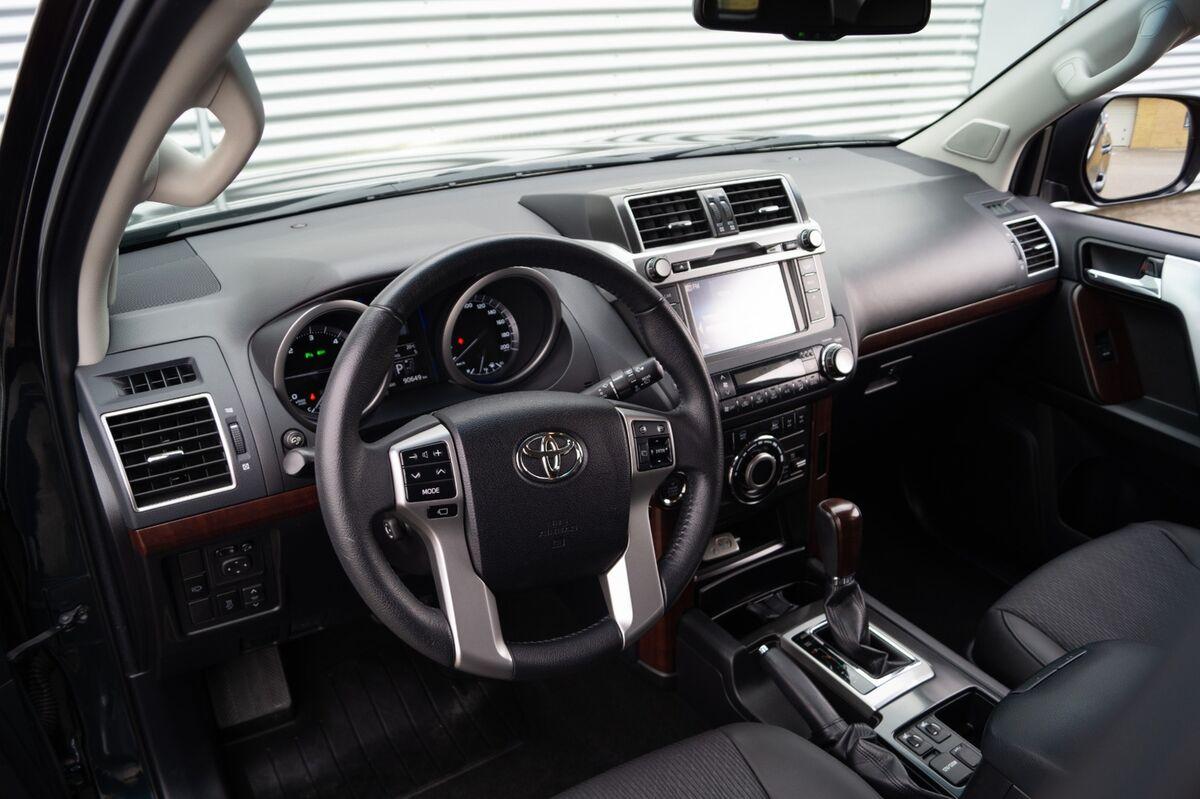 Toyota Land Cruiser D-4D T2 aut.
