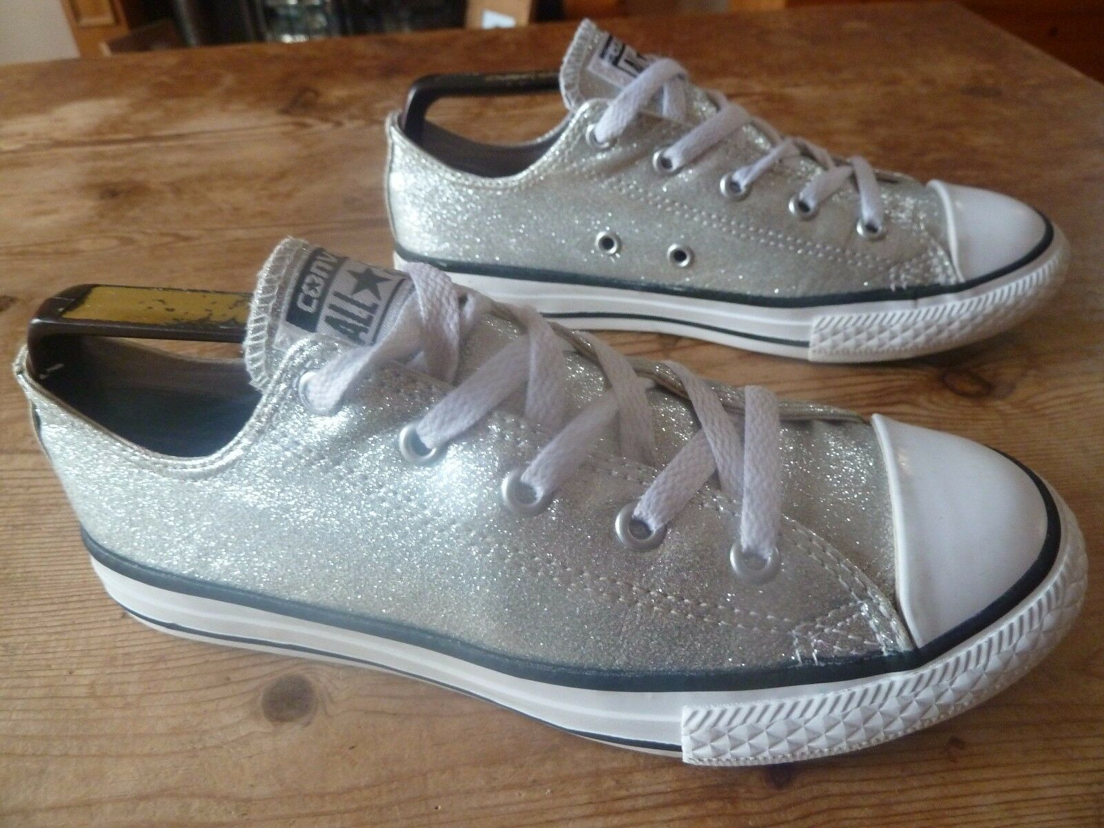 Womens silver converse low rise - size uk 2 good condition