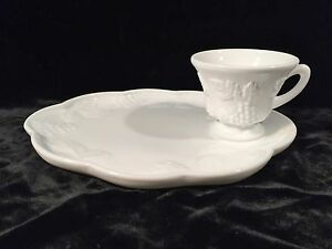 Image is loading Colony-HARVEST-Milk-Glass-Snack-Plate-&-Cup- & Colony HARVEST Milk Glass Snack Plate u0026 Cup Set of 4 + Extra Plate ...
