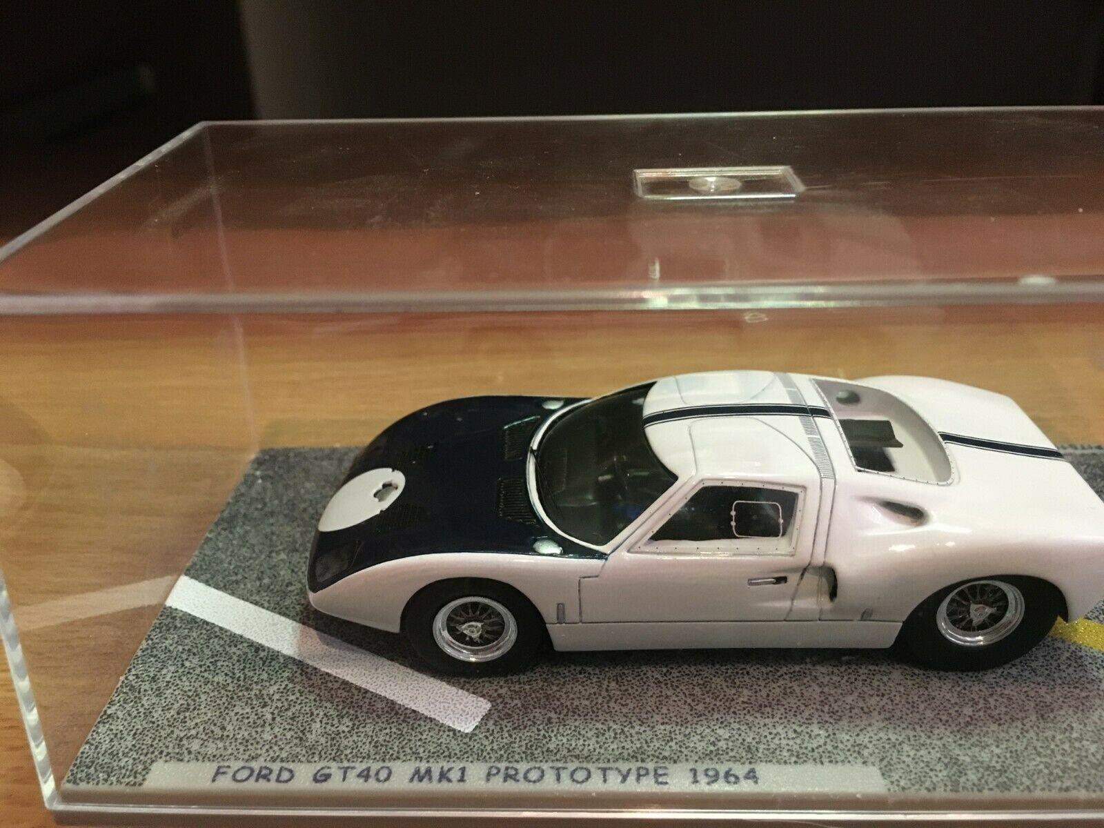 FORD GT 40 PROTOTYPE 1964