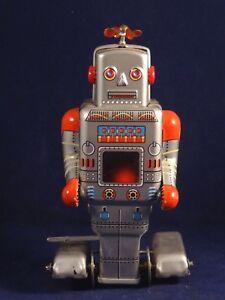 Automate jouet Robot mécanique en tôle lithographiée Espace MS 372 TBE - France - État : Occasion: Objet ayant été utilisé. Consulter la description du vendeur pour avoir plus de détails sur les éventuelles imperfections. ... - France
