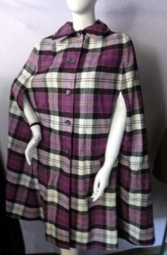Vintage 1960s ReversiblePLAID/BLACK Cape Coat On… - image 1