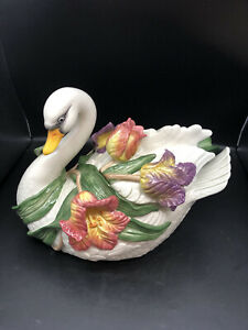 3 Pc vintage  Fitz And Floyd Swan  Tulip Soup Tureen