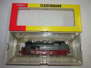 Fleischmann-1820-Dampflokomotive-der-KPEV-mit-BN-8957-Wechselstrom-OVP-Spur-H0