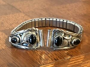 Native American Feather Black Agate Sterling Silver Silver Stretch Bracelet