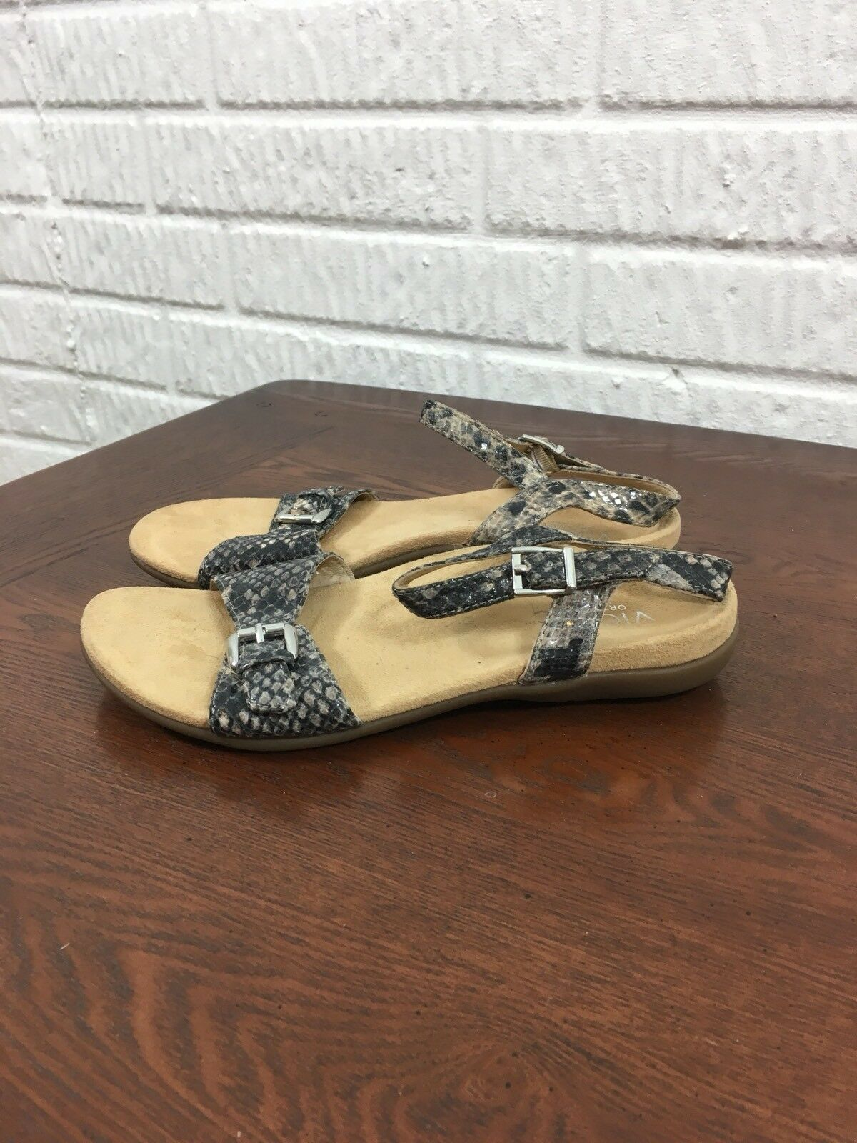 Vionic Alita Orthotic Leather Ankle Strap Snake Print Sandals Size US 6