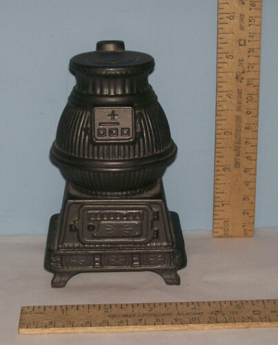 1974 BANTHRICO STOVE BANK Metal Still Bank shaped like Vintage STOVE