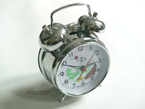 #823 Silver Pecking Chicken Hen Chicks Farm Mechanical Wind up Metal Alarm Clock