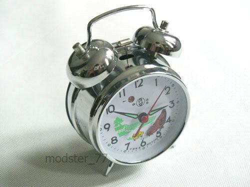 #823 Silver Pecking Chicken Hen Chicks Farm Mechanical Wind up Metal Alarm Clock