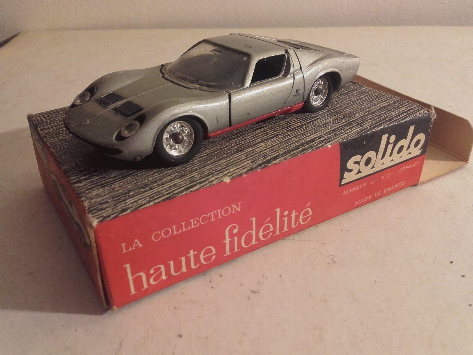 Lamborghini miura solido and his period box