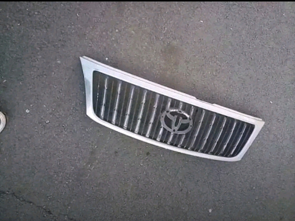 Toyota main grill for sale