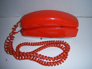 Vintage-Orange-ITT-Trimline-Touch-Tone-Wall-Telephone