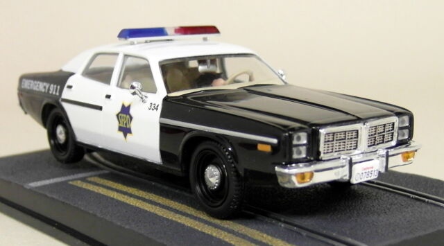 Eon 1/43 Scale James Bond 007 Dodge Monaco Police A View To A Kill Diecast Model