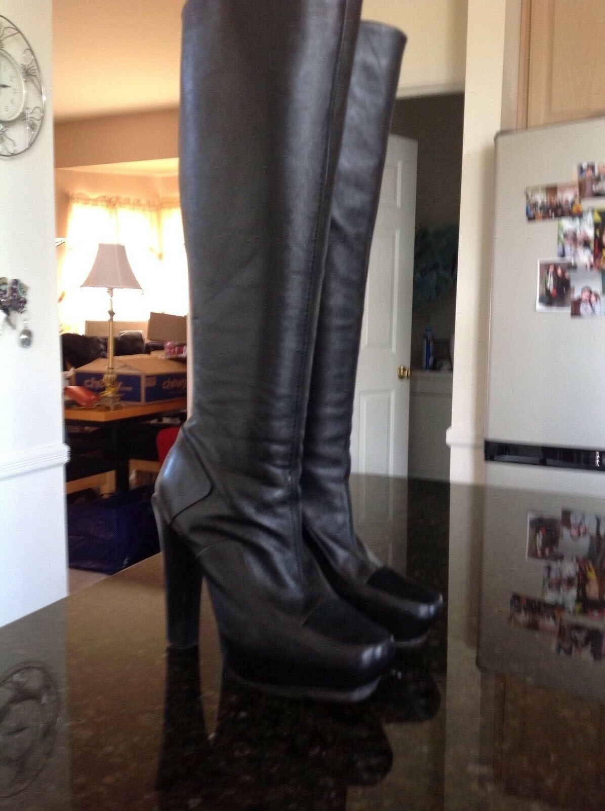 L.A.M.B. Gwen Stefani Navigator de la rodilla botas altas de cuero negro-mujer 'S Talla 6M