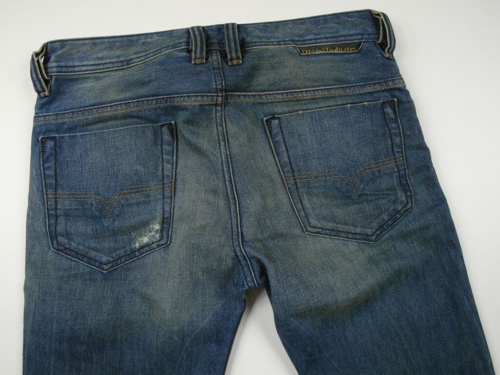 BNWT DIESEL SAFADO 75I 0075I JEANS 28x34 28 34 28x36,42 28 36,42 100% AUTHENTIC
