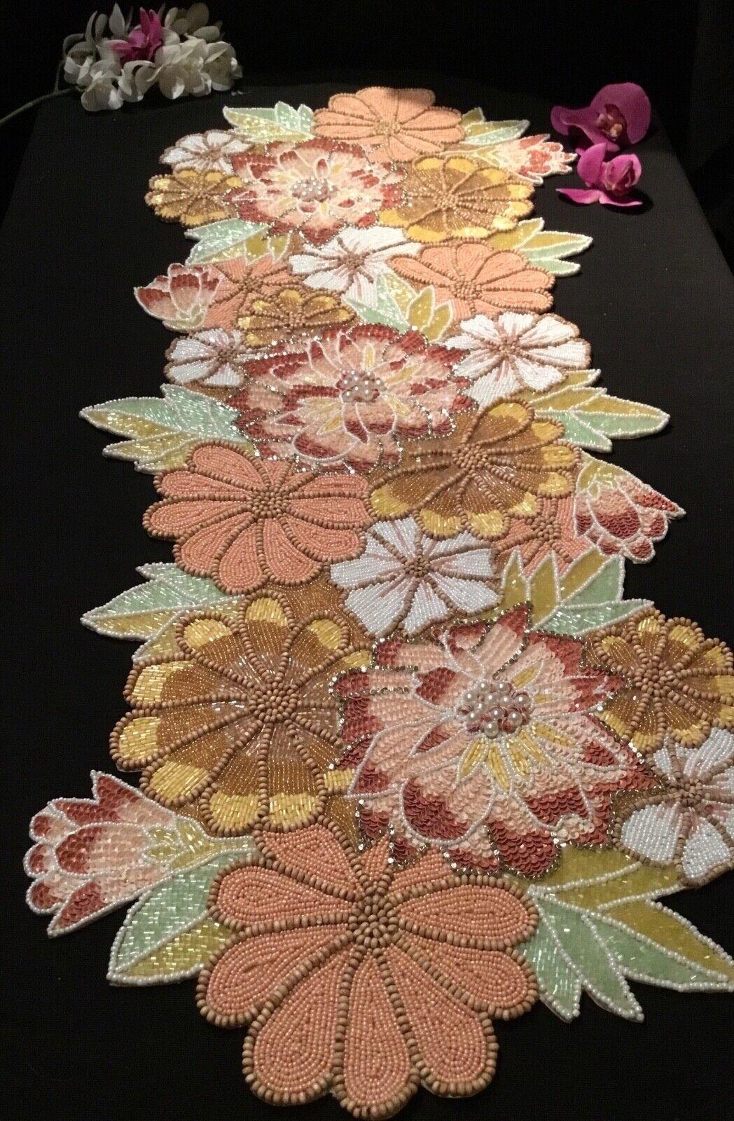 Nouveau Nicole Miller printemps Multi couleur Fleurs Hand Beaded Table Runner