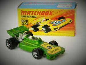 Matchbox-Superfast-Vintage-1973-equipo-Matchbox-Raro-Verde-Coche-De-Carreras-No-24-MIB