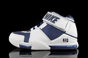69dba42f764e 2004 Nike Zoom LeBron 2 II White Navy Size 11.5. 309378-441 Kyrie ...