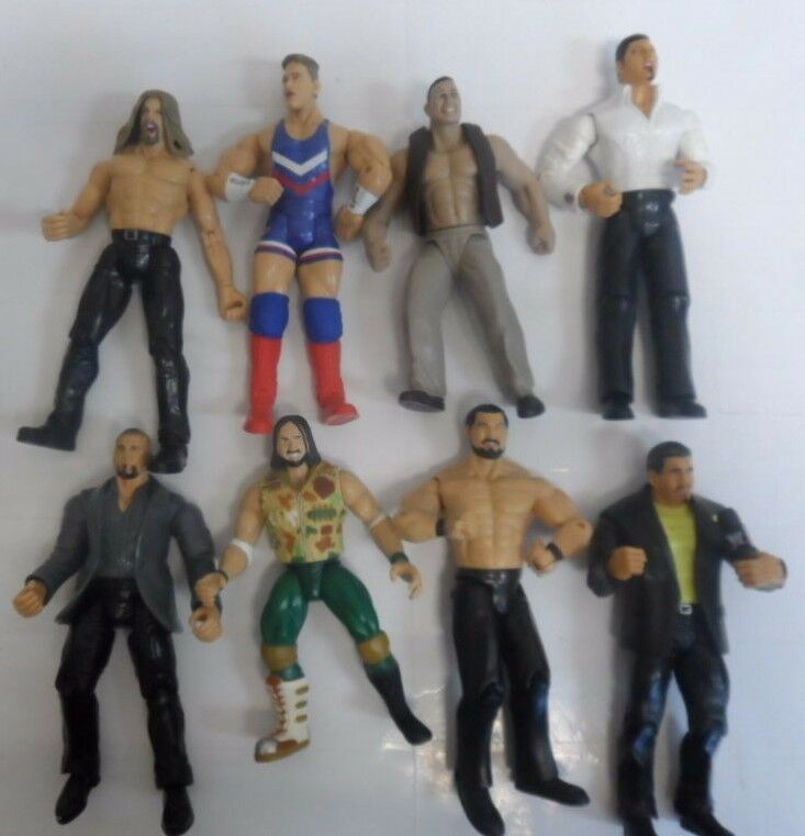 VINTAGE LOT OF 8 WWE ACTION FIGURES WRESTLING 7