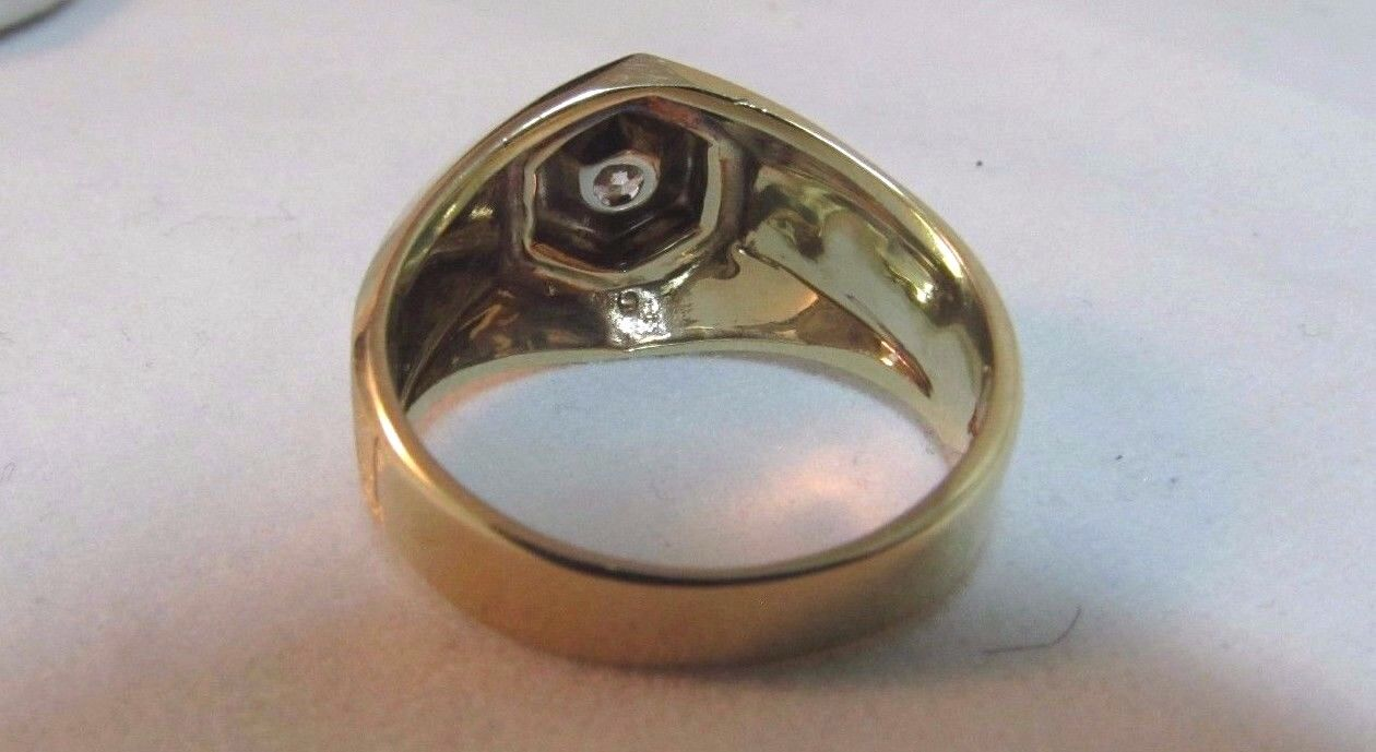 14K Solid Gold Solitaire Diamond Ring-Size 7. Uni… - image 5