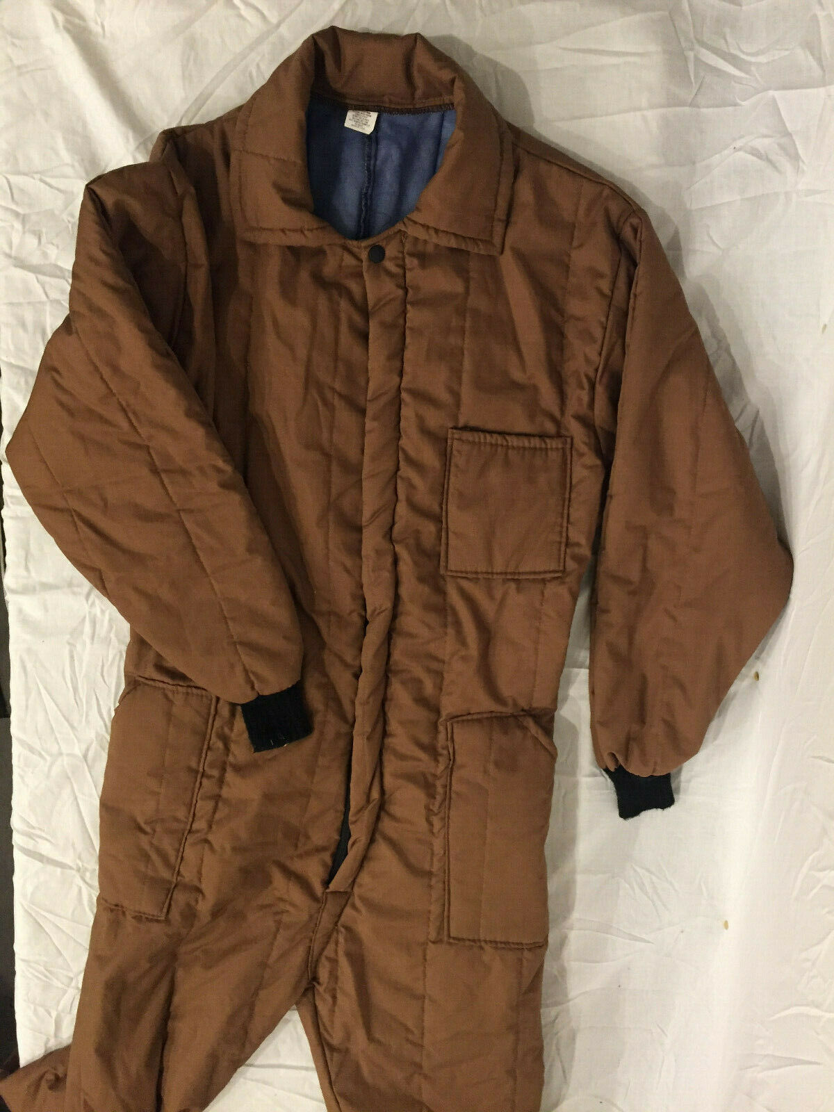 NEW WITHOUT TAGS SLEEPING BAG JUMPSUIT BROWN DACRON 808 ONE SIZE FITS MOST