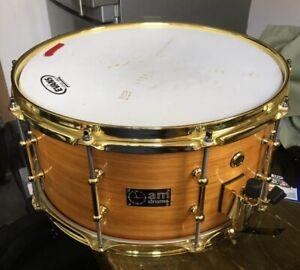 """Bien A.m. Tambours. 14"""" X 7"""" Hand Made Hickory Snare Drum Unique Prototype Excellent Avec-afficher Le Titre D'origine"""