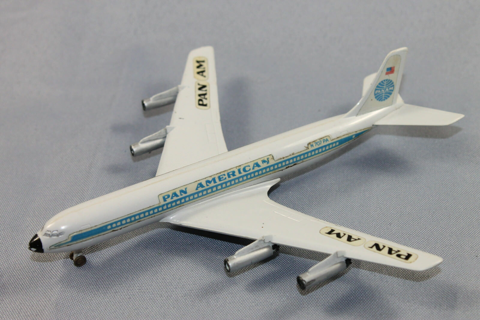 Siku plastique f3 Boeing 707  INTERCONTINENTAL  PAN AMERICAN AVION modèle 1 250