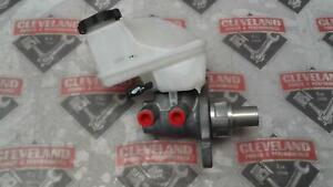 For 2010-2011 Chevrolet Camaro Clutch Master Cylinder Centric 33666XB