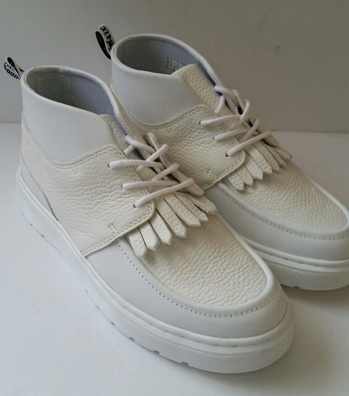 Dr. Martens AIRWAIR Jemima para Mujer 8 blancoo Cuero Chukka Tenis botas flecos Nuevo