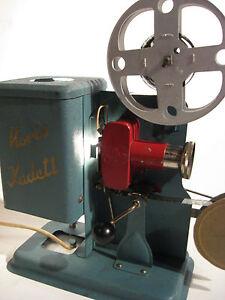 Antiker-Projektor-Noris-Kadett-Ozaphan-16-mm-Film-1930-Jahre-Antic-Filmprojektor