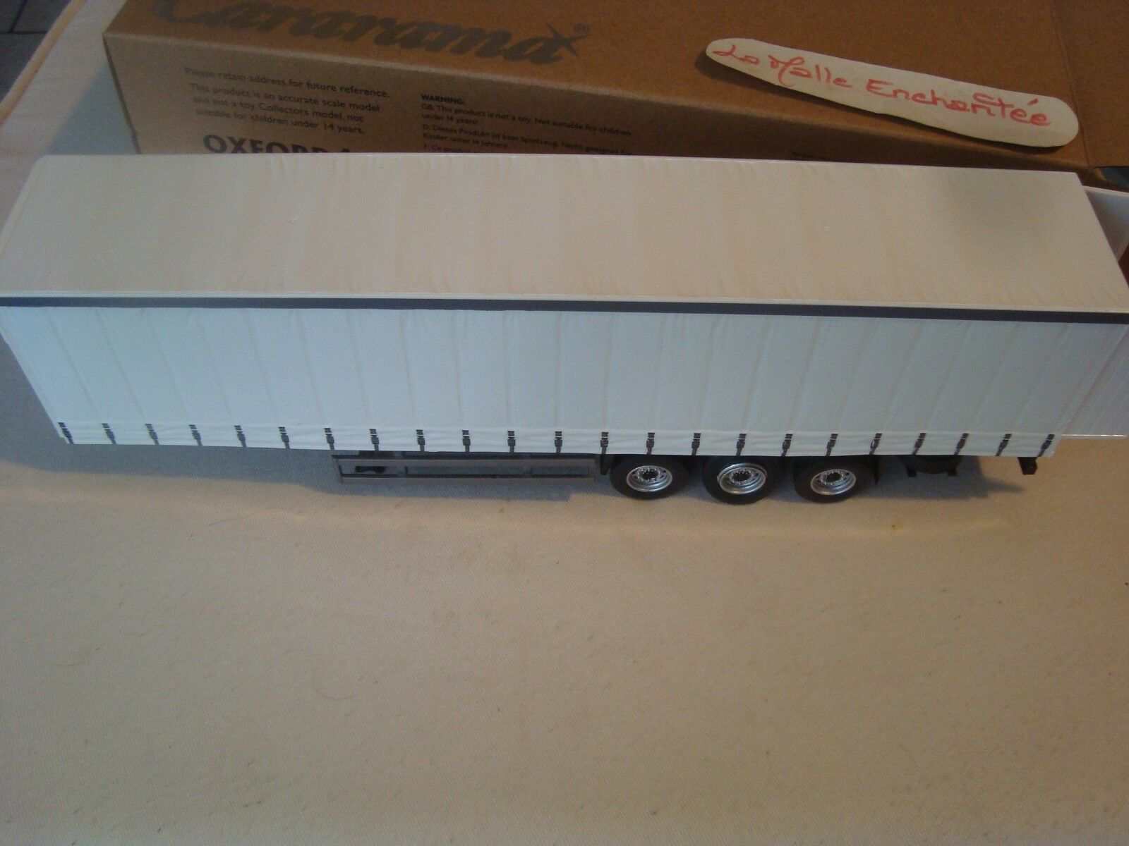 Oxford Diecast 1:50 CR027 CARARAMA moderne 3 Essieu Curtainside Trailer Blanc