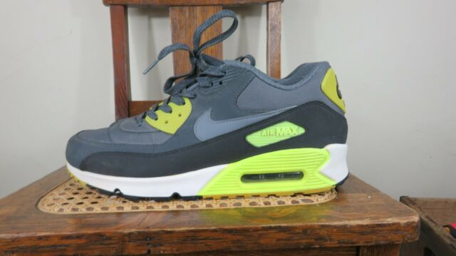 Nike Air Max 90 Essential – Grey – Volt 537384 007 2013 barely used MENS size 10