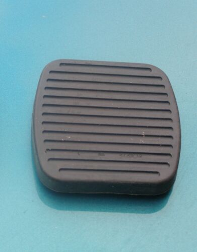 SAAB 9000 CLUTCH BRAKE PEDAL RUBBER PAD injection turbo AERO CS CD CDE CD