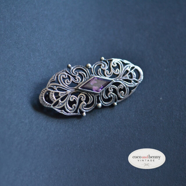 *Vintage Decorative St. Silver with Amethyst BROOCH