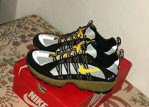 fc4e70960e7f Nike Air Humara 17 ACG Black Varsity Maize Yellow Wolf Grey AJ1102 ...