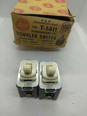 Vintage P/&S Despard Interchangeable Brown Single-Pole Toggle Light Switch